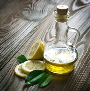 DIY Olive Oil and Lemon Scrub